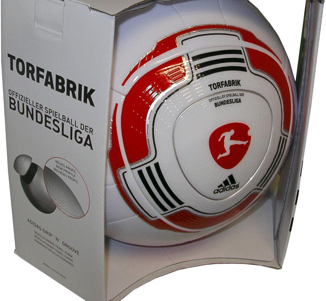 Adidas torfabrik der bundesliga ball sport bihn for Bundesliga 2010